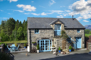 the old coach house pet friendly self catering cottage accommodation